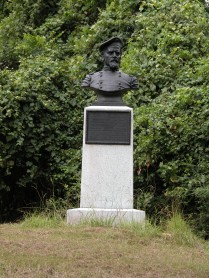 John McArthur's monument at Vicksburg.